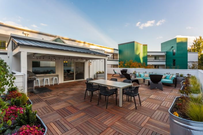 The rooftop deck is the perfect place to host a party.