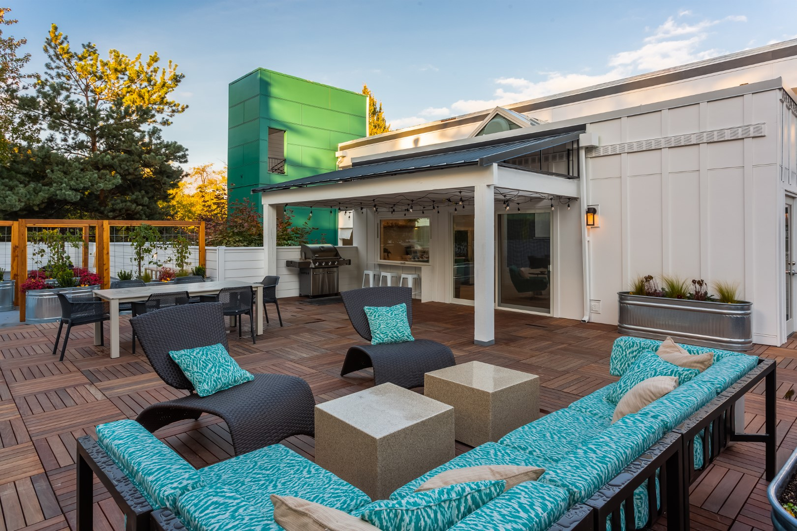 Seattle Apartment With Rooftop Lounge Apartment Amenities